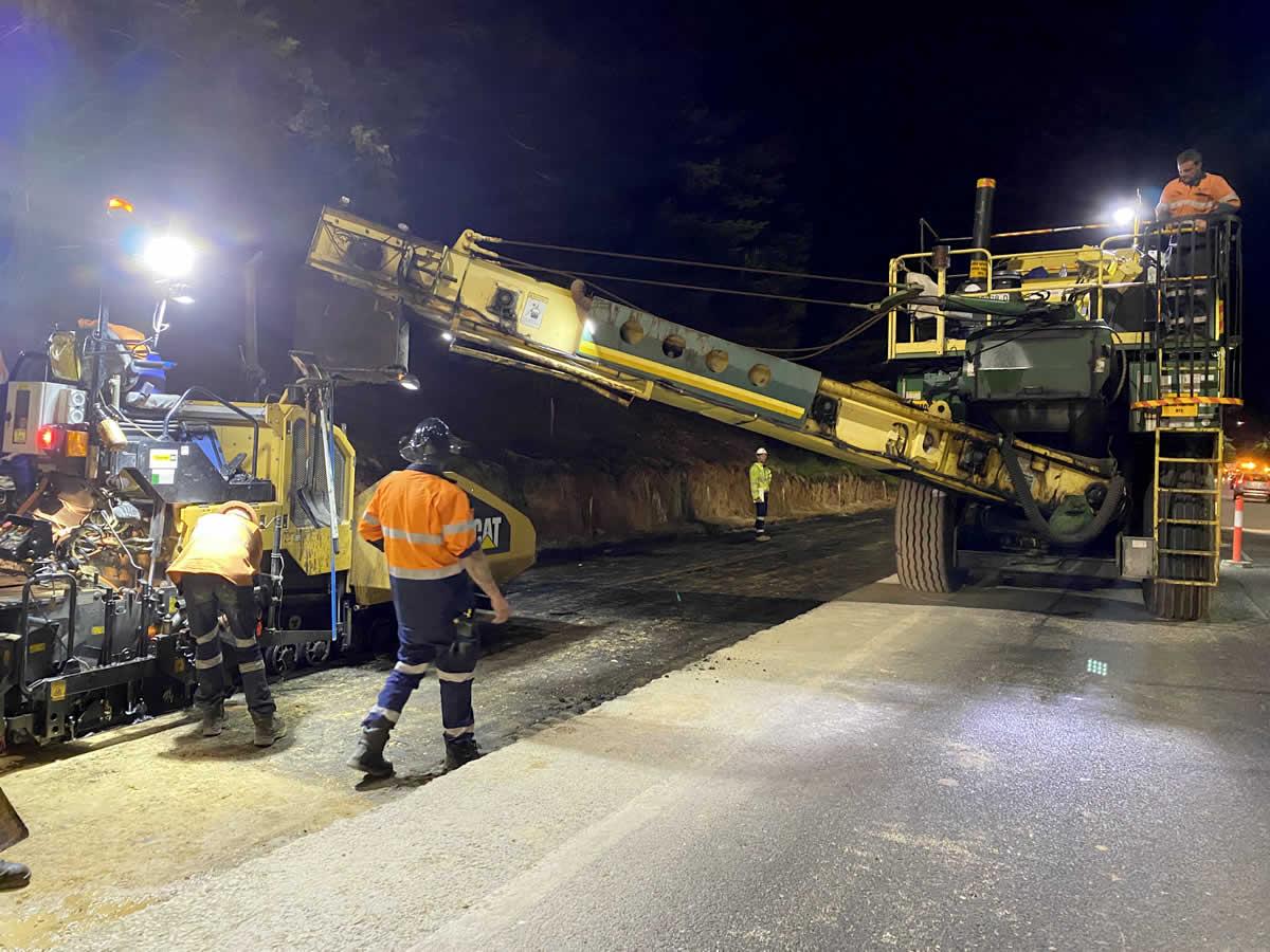Major road asphalt project in Adelaide