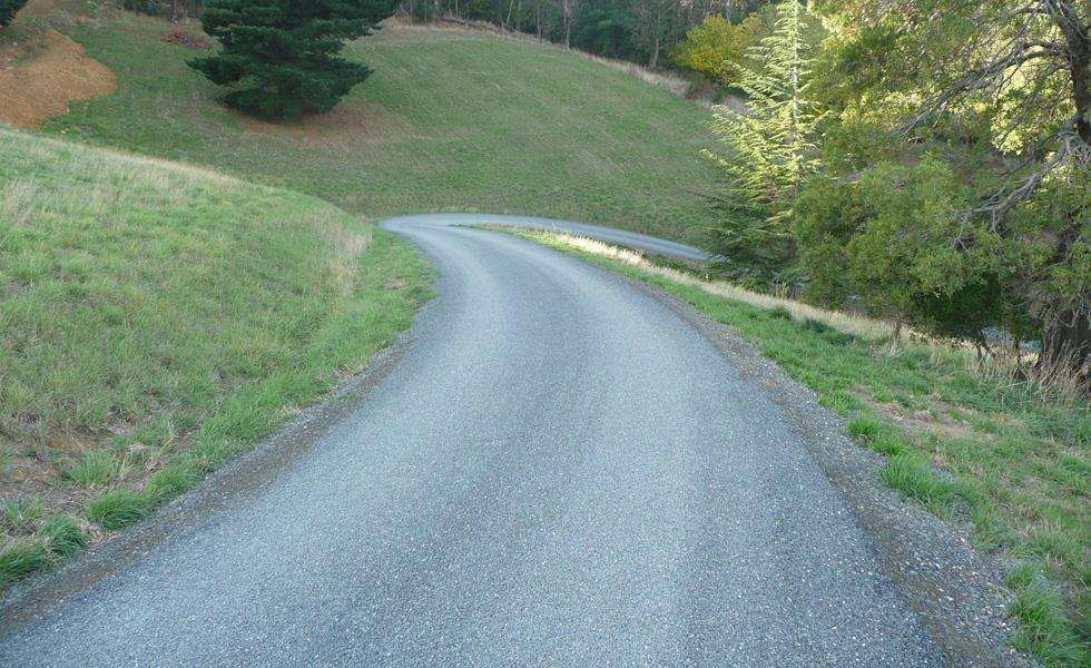 Residential driveway sprayseal asphalt