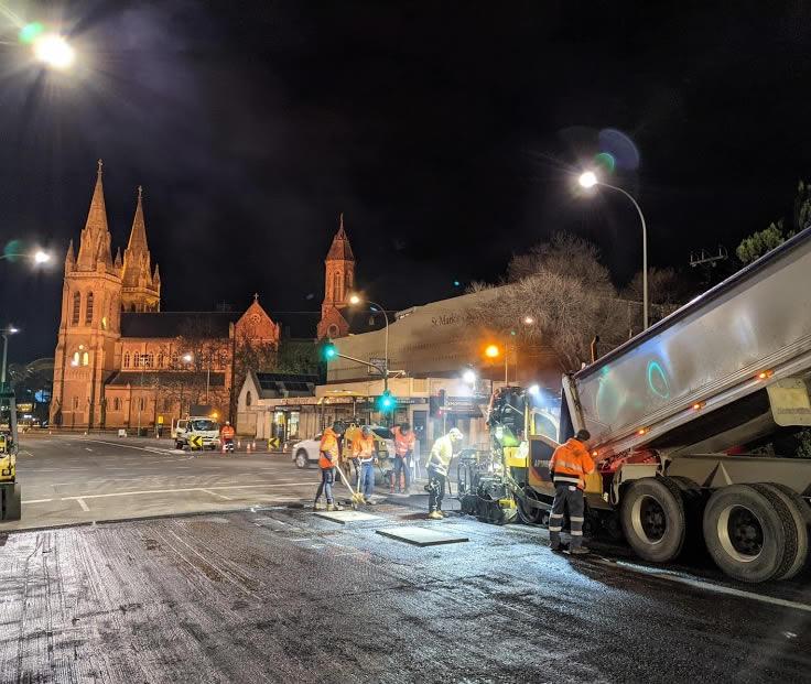 North Adelaide asphalt laying - King William Rd